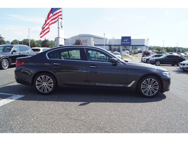 Certified Pre-Owned 2018 BMW 5 Series 530xi w/Premium Package